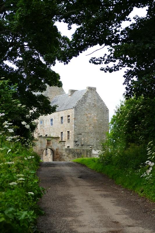 """Midhope Castle, aka """"Lallybroch"""""""